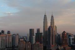Torre de KLCC el icono famoso del edificio en Kuala Lumpur Malaysia Foto de archivo