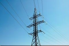 Torre de líneas eléctricas Fotografía de archivo