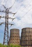 Torre de líneas eléctricas Fotos de archivo