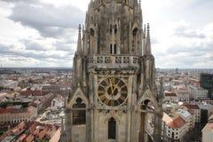 Torre de la catedral de Zagreb foto de archivo