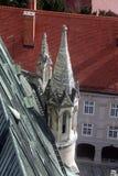 Torre de la catedral de Zagreb fotos de archivo