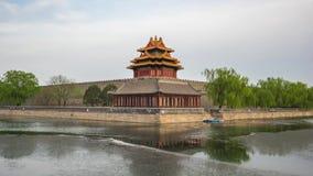 Torre de la esquina del lapso de tiempo de la ciudad Prohibida en Pekín, China almacen de metraje de vídeo