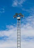 Torre de la luz del proyector o de inundación Fotografía de archivo libre de regalías