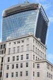 Torre de la oficina bajo construcción en la calle de 20 Fenchurch Fotos de archivo libres de regalías