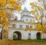 Torre de la puerta en el patio del Yaroslav Fotos de archivo libres de regalías