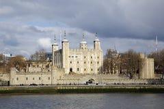 Torre de la puerta de Londres y de los traidores imagen de archivo