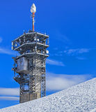 Torre de la telecomunicación en el top de Mt Titlis Foto de archivo libre de regalías
