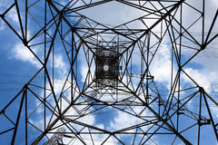 Torre de la transmisión de CA Fotografía de archivo