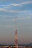 Torre de la transmisión de la antena, fotos de archivo