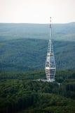 Torre de la transmisión de Kamzik TV en Bratislava, Eslovaquia Foto de archivo libre de regalías