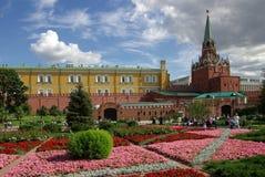 Torre de la trinidad de Moscú el Kremlin imágenes de archivo libres de regalías