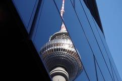Torre de la TV en Berlín imagenes de archivo
