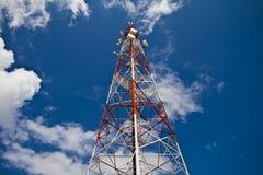 Torre de las telecomunicaciones imágenes de archivo libres de regalías