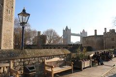 Torre de Londres, puente de la torre en enero foto de archivo libre de regalías