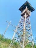 Torre de madeira do relógio imagem de stock royalty free