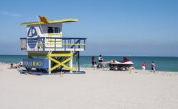 Torre de madera del salvavidas de Miami Beach Imágenes de archivo libres de regalías