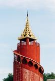 Torre de observação dentro do palácio de Mandalay Fotos de Stock