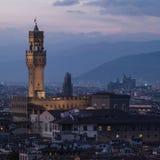 Torre de Palazzo Vecchio en la noche, Florencia, Italia Imagen de archivo