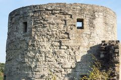 Torre de pedra grande de uma fortaleza Fotografia de Stock
