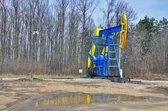 Torre de perforación de petróleo imagen de archivo
