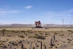 Torre de perforación en Patagonia Fotografía de archivo