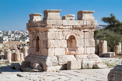 Torre de piedra en Jerash, Jordania Foto de archivo