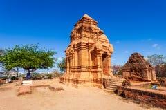 Torre de Poshanu Po Sahu Inu imagenes de archivo