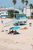 Torre de protetor da vida em uma praia de Veneza em Los Angeles Califórnia EUA Fotos de Stock Royalty Free