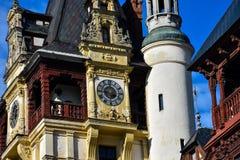 Torre de pulso de disparo Castelo Castelul PeleÈ™ Sinaia de Peles, Romênia Imagens de Stock Royalty Free