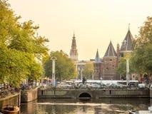Torre de pulso de disparo da igreja velha em Amsterdão Fotografia de Stock Royalty Free
