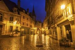 Torre de pulso de disparo de Auxerre fotografia de stock royalty free