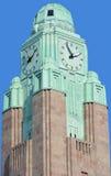 Torre de pulso de disparo na estação de trem da central de Helsínquia Fotografia de Stock Royalty Free