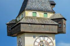 Torre de pulso de disparo Uhrturm Graz imagens de stock royalty free