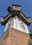 Torre de pulso de disparo velha Uhrturm em Graz, Áustria fotografia de stock