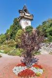 Torre de pulso de disparo velha Uhrturm em Graz, Áustria fotos de stock