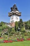Torre de pulso de disparo velha Uhrturm em Graz, Áustria imagens de stock royalty free