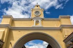 Torre de pulso de disparo na Guatemala de Antígua Imagem de Stock