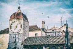 Torre de pulso de disparo de Trogir, Croácia, filtro análogo fotos de stock royalty free
