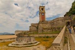 Torre de pulso de disparo velha greece da fortaleza da ilha de Corfu imagem de stock