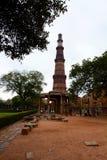Torre de Qutb Minar delhi La India Fotografía de archivo