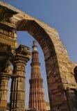 Torre de Qutub Minar en Delhi, la India Fotos de archivo