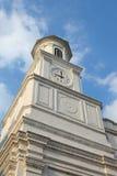 Torre de reloj colonial del estilo Foto de archivo libre de regalías