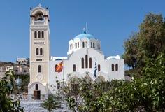 Torre de reloj de la iglesia Fira Santorini Foto de archivo libre de regalías