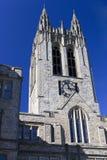 Torre de reloj de la universidad Imágenes de archivo libres de regalías