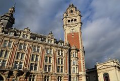 Torre de reloj del edificio de la bolsa de acción de Lille, Francia Foto de archivo libre de regalías