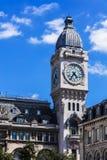 Torre de reloj del ferrocarril del Gare de Lyon París, Francia Imágenes de archivo libres de regalías
