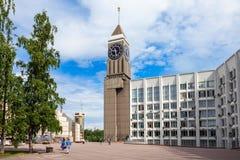 Torre de reloj en Krasnoyarsk Imagen de archivo libre de regalías