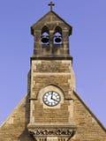 Torre de reloj en verano Fotos de archivo libres de regalías