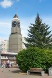 Torre de reloj de Krasnoyarsk en Krasnoyarsk Rusia foto de archivo