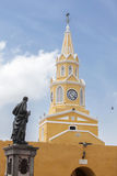 Torre de reloj pública Foto de archivo libre de regalías